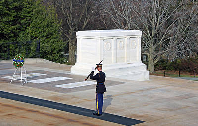 Photograph - Guarding The Tomb Of The Unknown Soldiers -- Rifle Check With White Glove by Cora Wandel