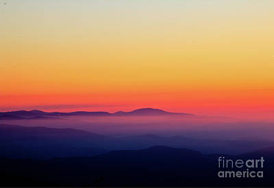 Print featuring the photograph A Simple Sunrise by Douglas Stucky