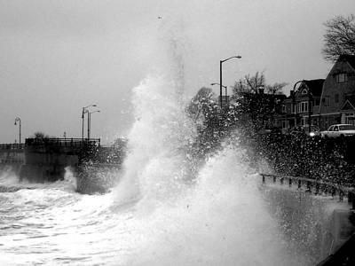 Photograph - A Slight Splash On The Lynn Waterfront Lynn Ma by Toby McGuire