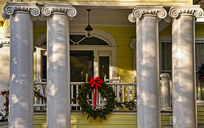 Photograph - A Southern Christmas by Linda Brown