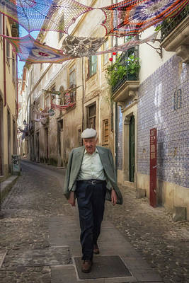 Photograph - A Stoll In Coimbra by Patricia Schaefer