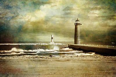 Photograph - A Storm Arises by Susan McMenamin
