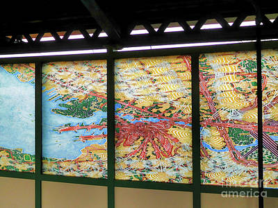 Painting - A Subway Art by Lanjee Chee