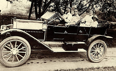 Photograph - A Sunday Drive - Around 1910 by Suzanne Gaff