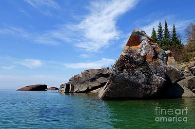 Photograph - A Superior Rock by Sandra Updyke