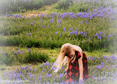 Photograph - A Touch Of Bluebells by Tami Quigley