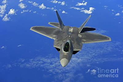 A U.s. Air Force F-22 Raptor In Flight Art Print