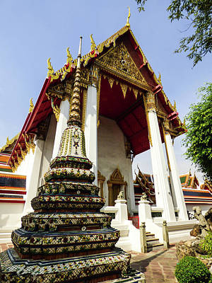 Photograph - A View Of Wat Pho Temple In Bangkok, Thailand by Helissa Grundemann