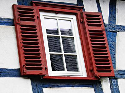 Photograph - A Window In Eltville 6 by Sarah Loft