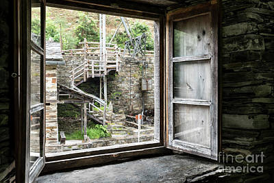 Photograph - A Window On The Mills by RicardMN Photography
