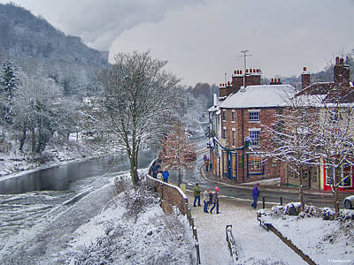 A Wintry Street Scene In Ironbridge Gorge England Art Print