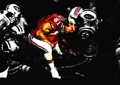 Tim Tebow Mixed Media - Aaron Hernandez by Brian Reaves