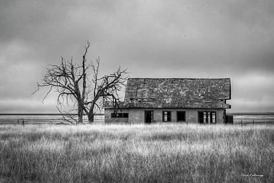 Photograph - Abandoned 2 Texas Farmhouse Amarillo Texas Art by Reid Callaway
