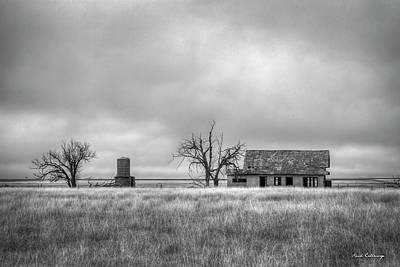 Photograph - Abandoned B W Texas Farmhouse Amarillo Texas Art  by Reid Callaway
