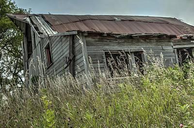 Photograph - Abandoned Barn by Deb Buchanan