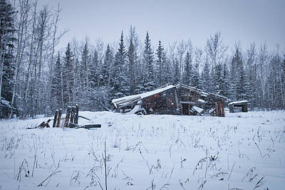 Photograph - Abandoned Barn In Snow by Cathy Mahnke