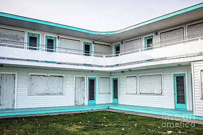 Photograph - Abandoned Beach Motel by Edward Fielding