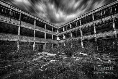Novel Photograph - Abandoned Building by Svetlana Sewell