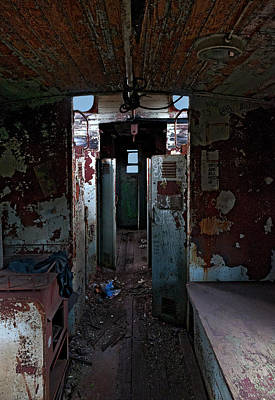 Old Caboose Photograph - Abandoned Caboose by Murray Bloom