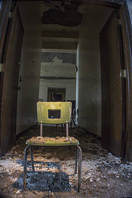 Detroit Abandoned Buildings Photograph - Abandoned Chair In Detroit  by John McGraw