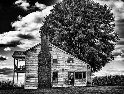 Cornfield Photograph - Abandoned Farmhouse by Michael Vines