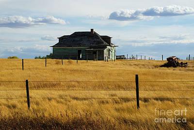 Photograph - Abandoned Homestead Saskatchewan by Bob Christopher