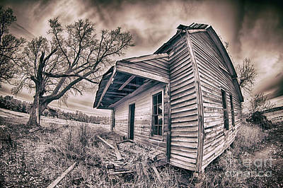 Photograph - Abandoned House Bw by Dan Carmichael