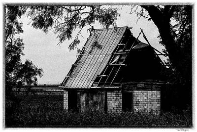 Photograph - Abandoned House by Travis Burgess