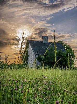 Photograph - Abandoned Kansas Barn by Michael Thomas