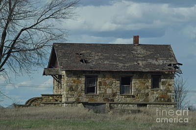 Photograph - Abandoned Kansas Stone House by Mark McReynolds
