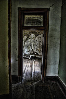 Photograph - Abandoned Mansion #1 by Ron Weathers