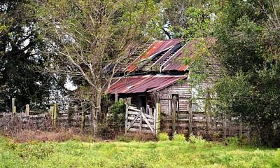 Photograph - Abandoned Old Farmhouse by rd Erickson