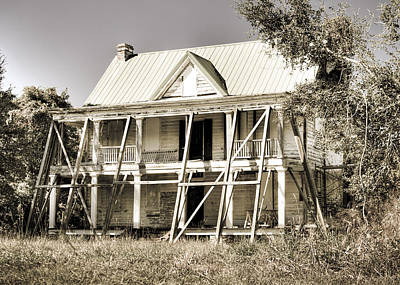 Abandoned Plantation House #2 Art Print by Andrew Crispi