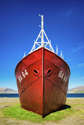 Photograph - Abandoned Red Shipwreck In Iceland by Matthias Hauser