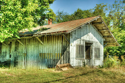 Photograph - Abandoned Store Building Near Nashville Tennessee by Douglas Barnett