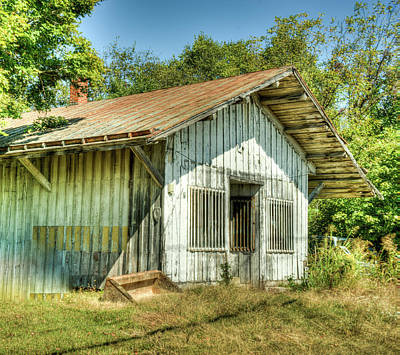 Photograph - Abandoned Store Front Near Nashville Tennessee by Douglas Barnett