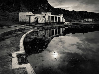 Photograph - Abandoned Swimming Pool by Dave Bowman