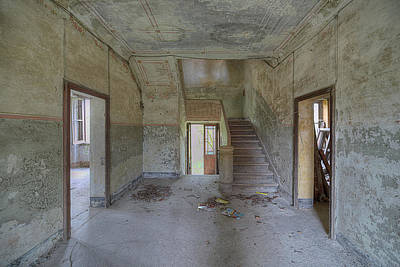 Photograph - Abandoned Villa With Staircase by Enrico Pelos