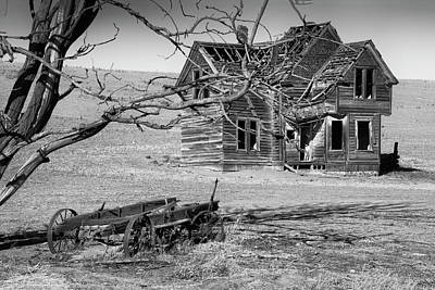 Photograph - Wagon And Home by Gej Jones