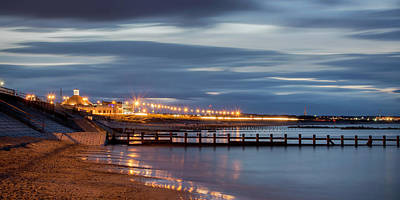Photograph - Aberdeen Beach At Night - Pano by Veli Bariskan