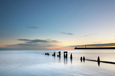 Photograph - Aberdeen Beach In The Early Hours by Veli Bariskan