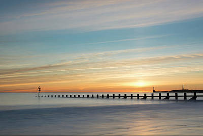 Photograph - Aberdeen Beach Sunrise by Veli Bariskan