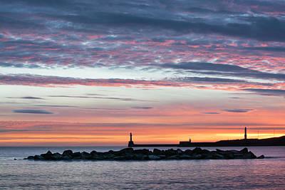 Photograph - Aberdeen Lighthouses by Veli Bariskan