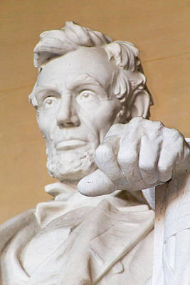 Photograph - Abraham Lincoln Statue by SR Green