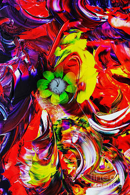 Abstrakt Digital Art - Abstract Perfection - Good Luck-holding It Firmly by Walter Zettl
