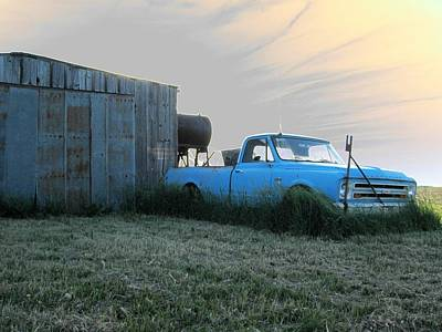 Photograph - Accentuated Chevy by Dylan Punke