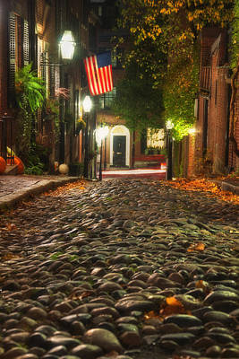 Photograph - Acorn Street Boston At Night by Joann Vitali