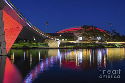 Photograph - Adelaide Oval Elegance by Ray Warren