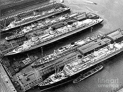 Photograph - Aerial Photo - Normandie Center And Queen May Bottom At Port Of Nyc In 1941 by Merton Allen