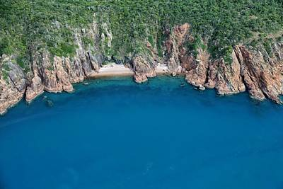 Photograph - Aerial View In The Whitsundays by Keiran Lusk